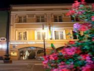 Platan - hotel Chrzanów