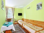 Zajazd Ustronie - hotel Chylice