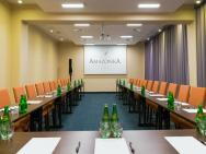 AMAZONKA Conference & SPA****