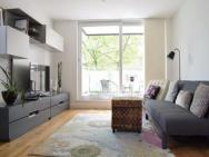 1 Bedroom Apartment With Balcony In Putney