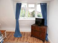 1 Bedroom Apartment In Clifton Bristol