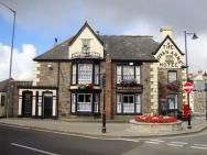 The Vyvyan Arms Hotel