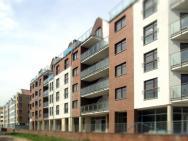 IRS Royal Apartments - De Lite Wall