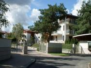 IRS Royal Apartments - Orange