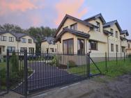 Villa Resident