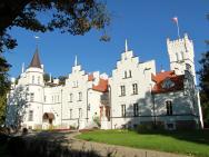 Pałac Sulisław – zdjęcie 1
