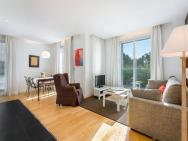 1 Bedroom Apartment In Barcelona - Hoa 48669