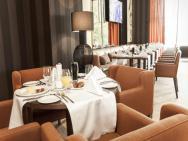 Grand Hotel Tiffi – zdjęcie 4