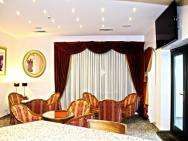 Amaryllis - hotel Jasin k. Swarzędza