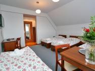 Vesta - Centrum Konferencyjno-Wypoczynkowe - hotel Jeleśnia