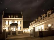 Pałac Jugowice – photo 1