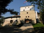 Zamek Korzkiew - hotel Korzkiew