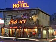 Club 2 CV