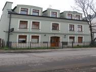 999 Hostel