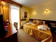 CONRAD Hotel  – zdjęcie 12
