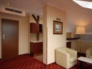 Crown Piast Hotel & Park - hotel Kraków