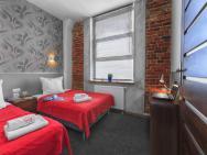 Aparts Loft Bed & Breakfast - hotel Łódź