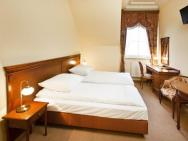 Senator Gran Via - hotel Olchowa k. Rzeszowa