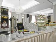 Lamberton - hotel Ołtarzew