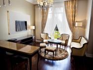 Rezydencja Luxury Hotel – zdjęcie 3