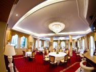 Rezydencja Zalewskich - hotel Pruszków
