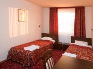 Korona  - hotel Rzeszów