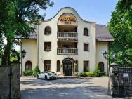 Dworek Skawiński - hotel Skawina