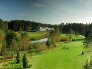 Lipowy Most Golf Park - hotel Supraśl