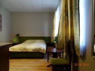 Apartamenty w Ustce - Pokoje gościnne 4