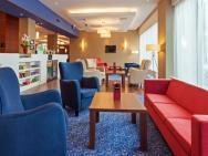 Hampton by Hilton Warsaw Airport - hotel Warszawa