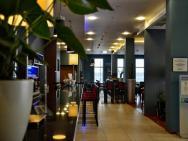Holiday Inn Express Warsaw Airport - hotel Warszawa