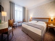 LORD Hotel & Conference Center - hotel Warszawa