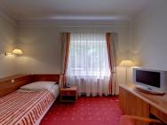 Twins II - hotel Warszawa