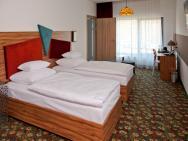 Lenart - hotel Wieliczka