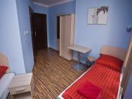 AKIRA Bed & Breakfast - hotel Wrocław