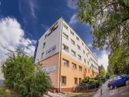 Hostel TRIO