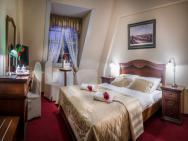 Hotel im. Jana Pawła II - hotel Wrocław