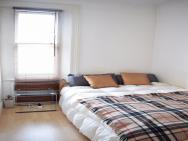 1 Bedroom Apartment In Kensington By Hyde Park