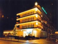 Diamond's Hotel