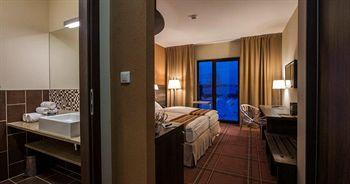 Hotel Mikolajki Resort By Desilva