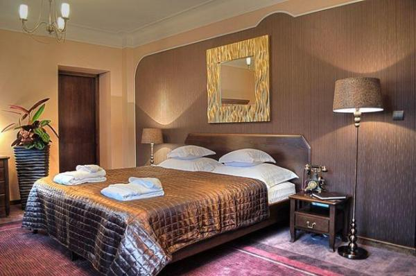 Hotel photo Ester
