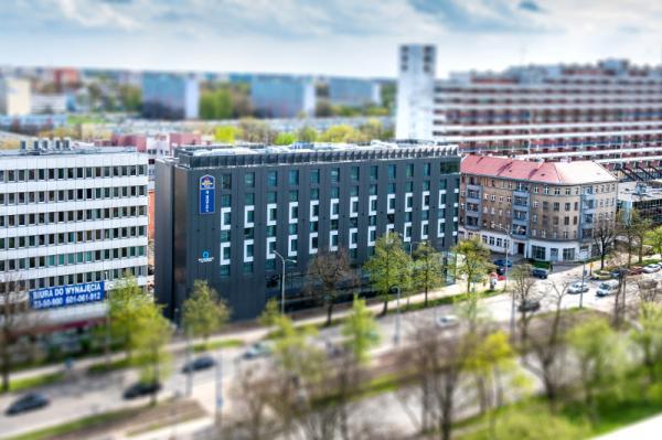 Q Hotel Plus Wrocław Photo 1