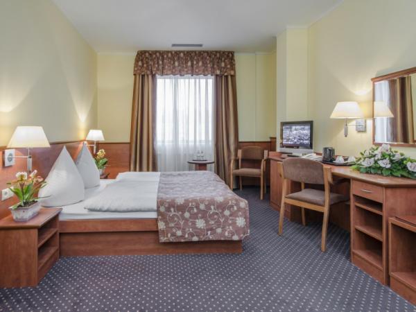 Hotel photo VEGA