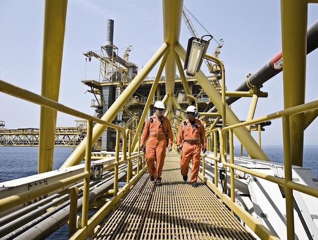 Maersk cuts capex $1 billion