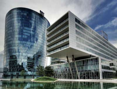 OMV recorded around €1.5 billion in write-downs in its upstream ventures and €300 million in downstream operations in Q4, the Austrian oil and gas group reported today.