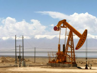 Oil and Gas Development Company (OGDCL) has hit gas in the Sukhur district of the province of Sindh, the Pakistani national hydrocarbons company reported Thursday.