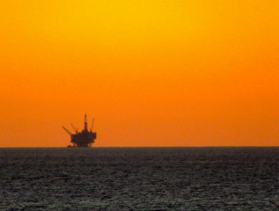 Statoil has purchased a minority stake in Norwegian independent Lundin Petroleum, the majority state-owned company reported on Thursday.