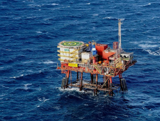 BW Offshore takes Tortue FID
