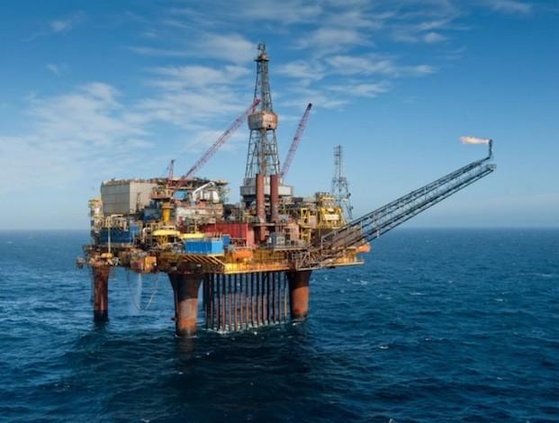Bahrain finds massive oilfield