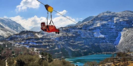 Adrenaline Junkies: Ride the World's Fastest Zip-line in Snowdonia, 15% Off